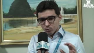 Armando Amaro explica o processo da transparência virtual da Câmara de Limoeiro