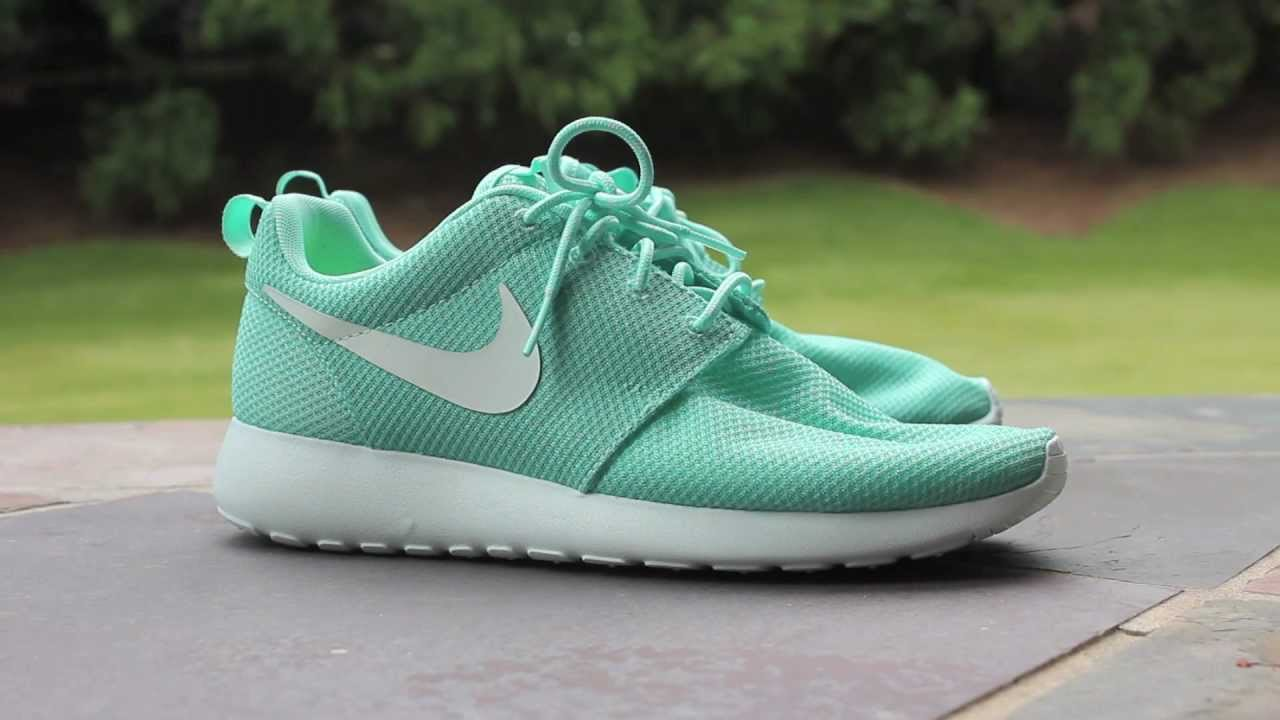 ab3ce628b9273 ... Quick Look  Nike Roshe Run - Tropical Twist - YouTube ...