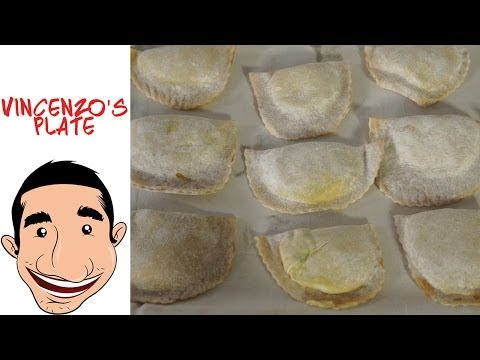 How to Make Ravioli Pasta from scratch | Spinach and Cheese Ravioli