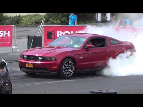 Burnout competition american muscle mustang show 8-16-16