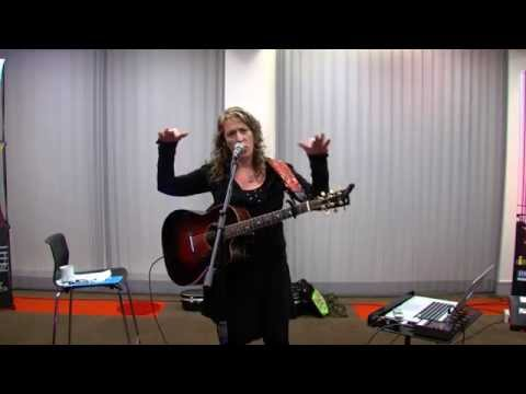 IMRO Master Class with International Hit Songwriter Beth Nielsen Chapman