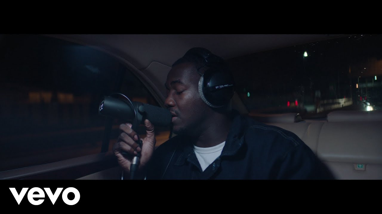 Sillkey co-writes and produces Jacob Banks' 'Stranger (Live Inna Benz)'