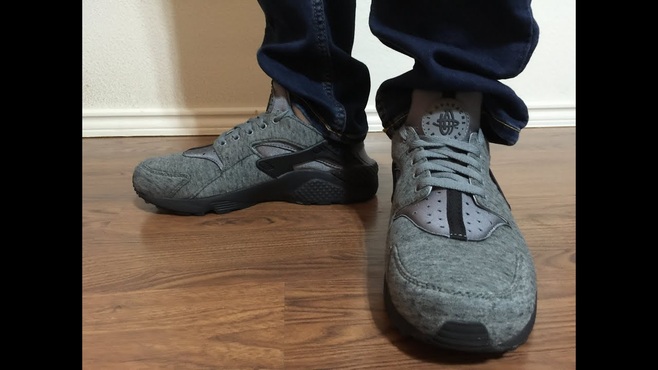 Nike Huarache Black And Grey On Feet