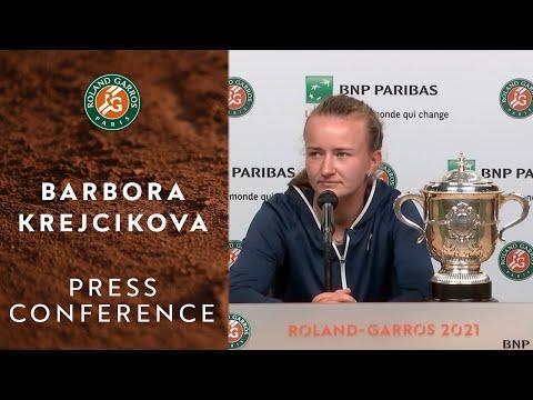 Barbora Krejcikova - Press Conference after Final   Roland-Garros 2021