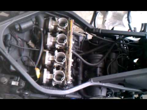 FZ 750 after carb clean 1st video
