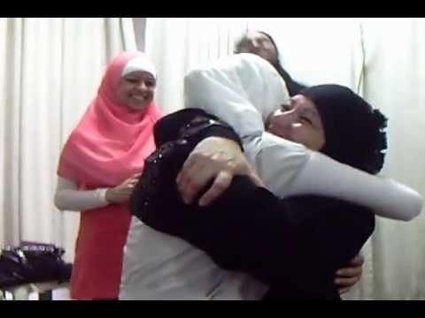 Ona fait la shahada  on a  pleuré-fille converti a lislam-brazil-tèmoiange