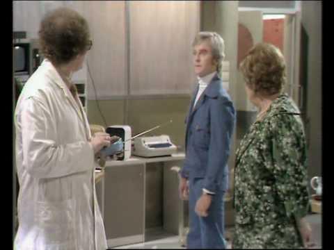 Comedy Roberts Robots - Series 1 DVD clip