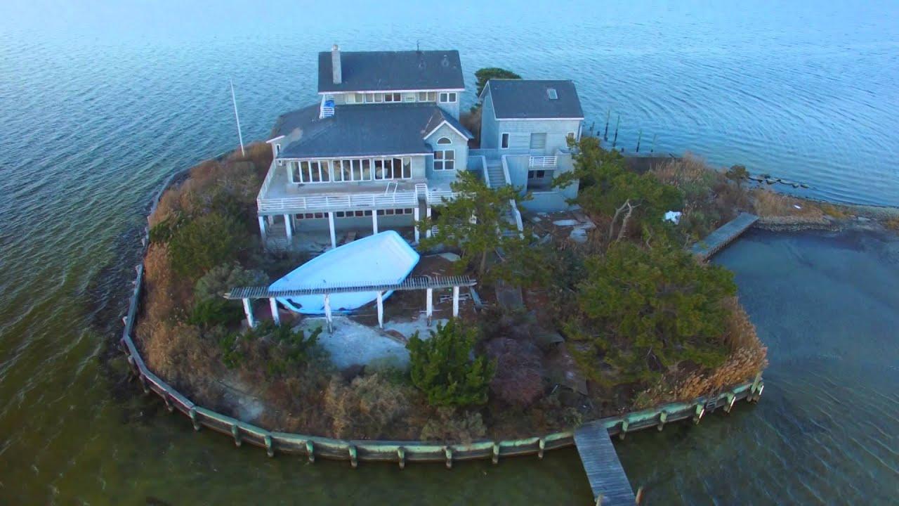House On Middle Sedge Island