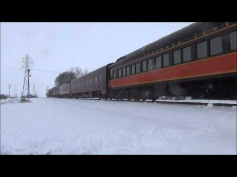 NS Illinois Division Christmas Train 2013