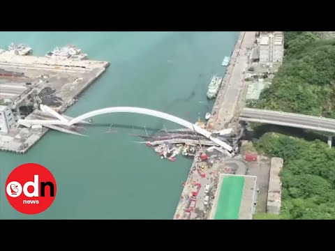 Terry O'Donnell Kiss 102.3 - WATCH: Massive Bridge Collapses