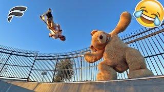 GIANT TEDDY BEAR COSTUME SKATEPARK TRICKS (HILARIOUS)