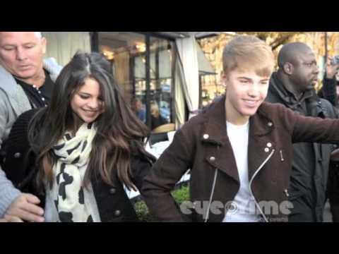 Justin a Selena v současné době chodí