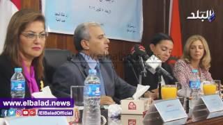 رئيس جامعة القاهرة: الأفكار المهينة للمرأة تهدم المجتمع.. فيديو وصور