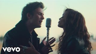 Dvicio - Nada (Official Video) ft. Leslie Grace
