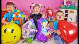 Richard and Dominika playing with ballons