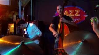 Baixar Samba de uma nota só - Julio Bittencourt Trio