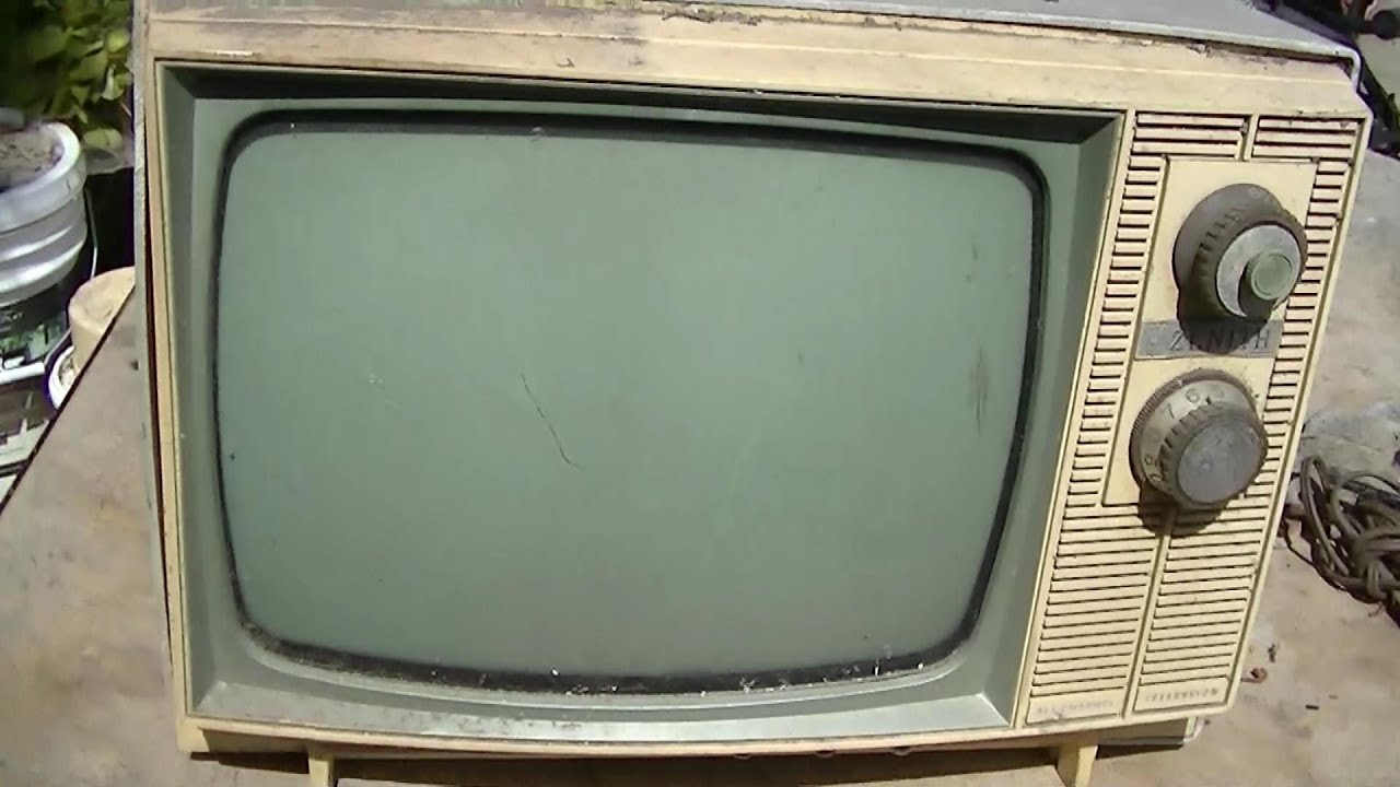 Tv out black and white