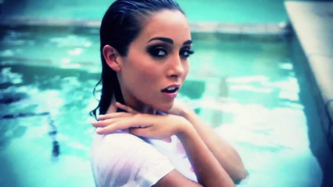 Victoria Moore - YouTube