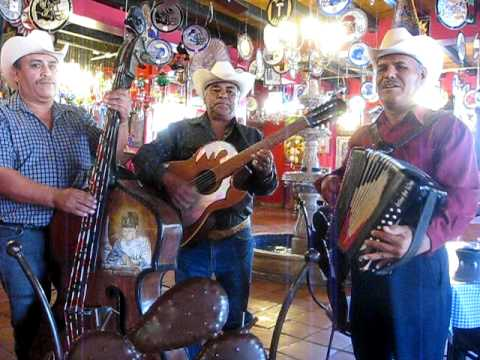 DE COLORES, traditional music of Northern Mexico