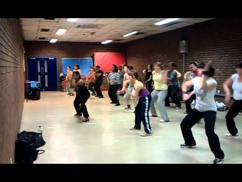 Zumba Fitness with Lesley - Apple Bottom Jeans - Hip Hop - YouTube