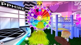 Roblox: Tourner la roue dans Royale High et visiter la fontaine