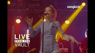 Rita Ora - I Will Never Let You Down [Live From The Vault]