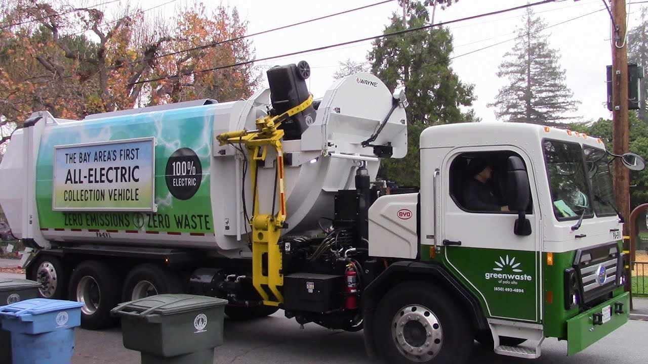 Bay Areas First Electric Garbage Truck Byd Curbtender Hammerpak