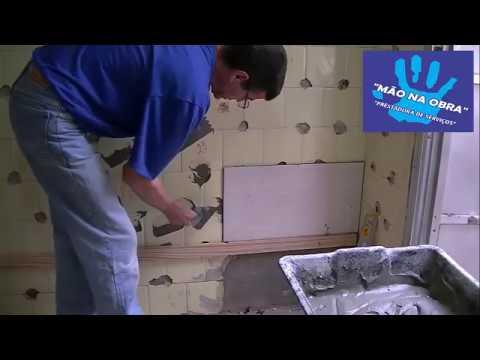 Coloca o de azulejo sobre azulejo m o na obra youtube for Azulejo sobre azulejo