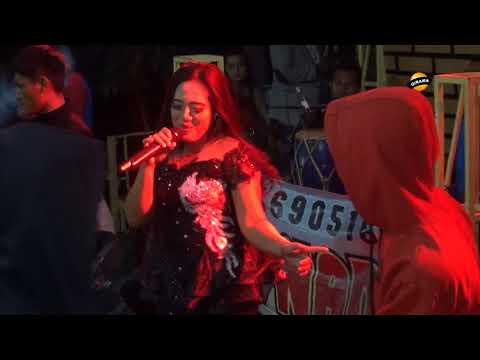 JARAN GOYANG Voc. Vivi - LIA NADA Live Kubangsari 2018