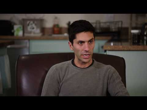 Catfish - Movie Review from YouTube · Duration:  10 minutes 27 seconds  · 23,000+ views · uploaded on 9/24/2010 · uploaded by What The Flick?!