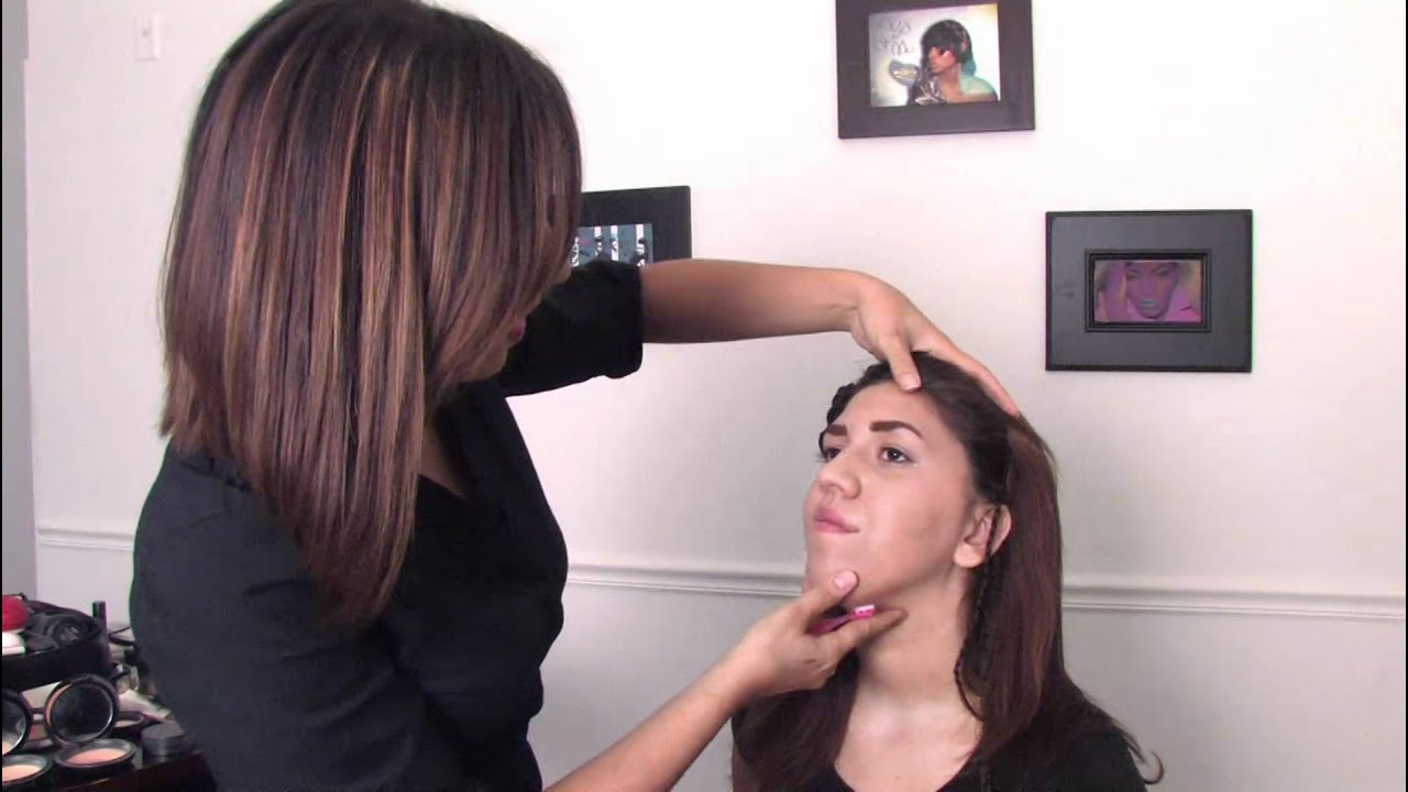Tips From A Makeup Artist How To Use An Eyebrow Shaver Youtube