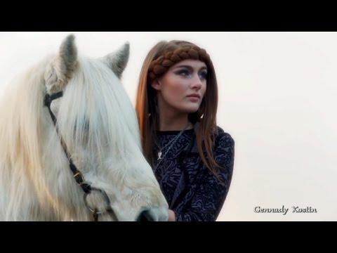 Ёлка - Около тебя, караоке онлайн, клип, минус, текст песни!