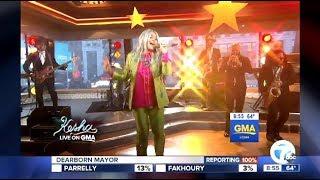 Kesha - Performs