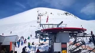 """Video: La aerosilla """"asesina"""": por una avería funcionó al revés y lanzó a los esquiadores por los aires."""
