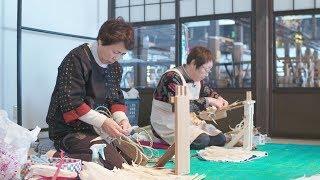 トウモロコシの皮で出来ている「きみがらスリッパ」。 青森県十和田市で70年以上前から作られている伝統工芸品。 夏は涼しく、冬は暖かい優れ...