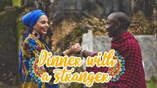 فاجأت ناس ما بعرفهم على عشاء فاخر! #زنجبار | Fancy Dinner With A Stranger #Zanzibar