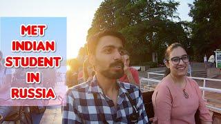 MET INDIAN GIRL STUDENT, INDIAN RESTAURANT IN RUSSIA | Ft. Reet Vlogs