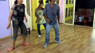 char baj gaye party abhi baki hai.. dance by kunal(Dance floor)