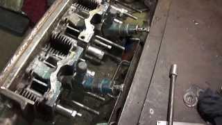 Т - 40. Ремонт головки  ЧАСТЬ 6 : способ притирки клапанов без присосок