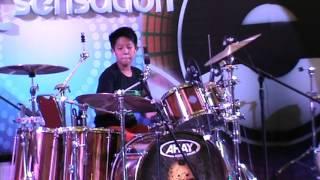 Farrel Rockidz on AHAY drum Competition Final, 18 Okt 15.MPG