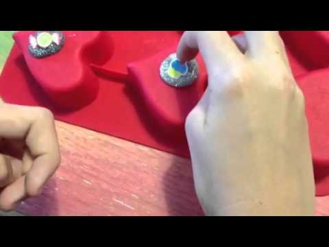 How to make hot glue resin peices