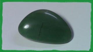 cuarzo verde : propiedades del cuarzo verde / mineral / piedra verde