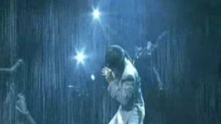 Jougen no Tsuki 2003 tour. I love the lighting for this live.