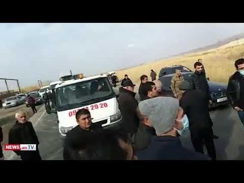 Արարատի մարզում Նիկոլ Փաշինյանի հրաժարականը պահանջողները ճանապարհ են փակել