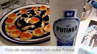 Invitados a una deliciosa cena rusa entre amigos