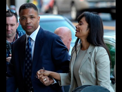 Jesse Jackson Jr. files for divorce from wife Sandi