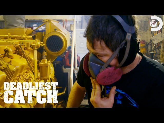Smoke on The Wizard | Deadliest Catch