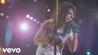 Alice Cooper - I'm Eighteen (from Alice Cooper: Trashes The World)