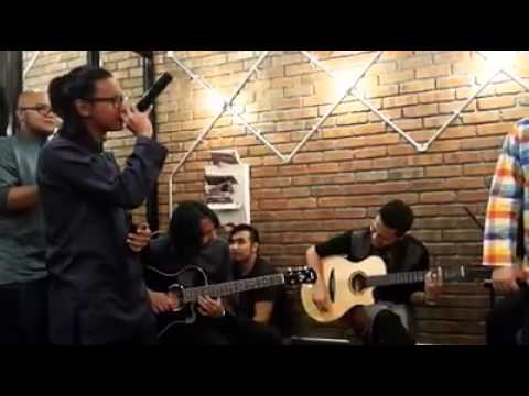 Drama Band feat. Ronnie Hussein - Biarkanlah