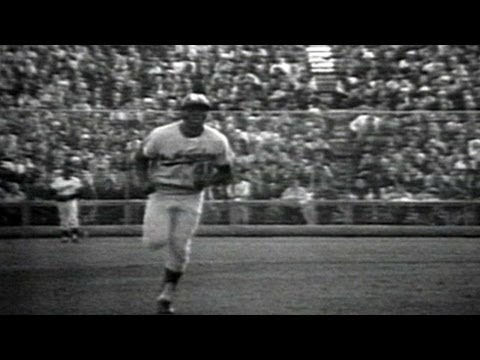 1965 WS Gm7: Lou Johnson homers to give Dodgers lead